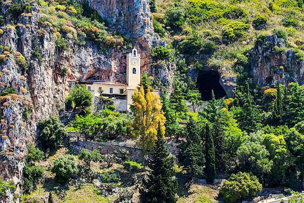 Santuario Madonna della Grotta