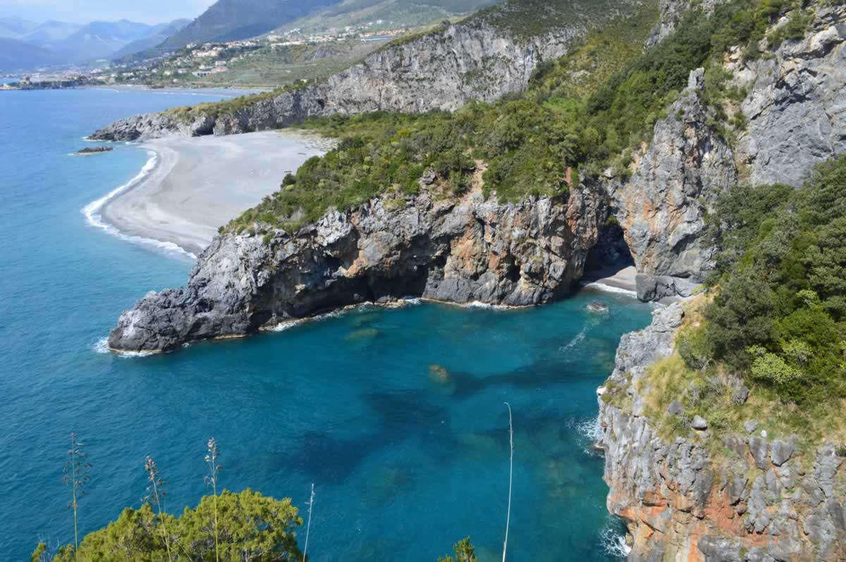 Arcomagno - Spiaggia dei Gabbiani